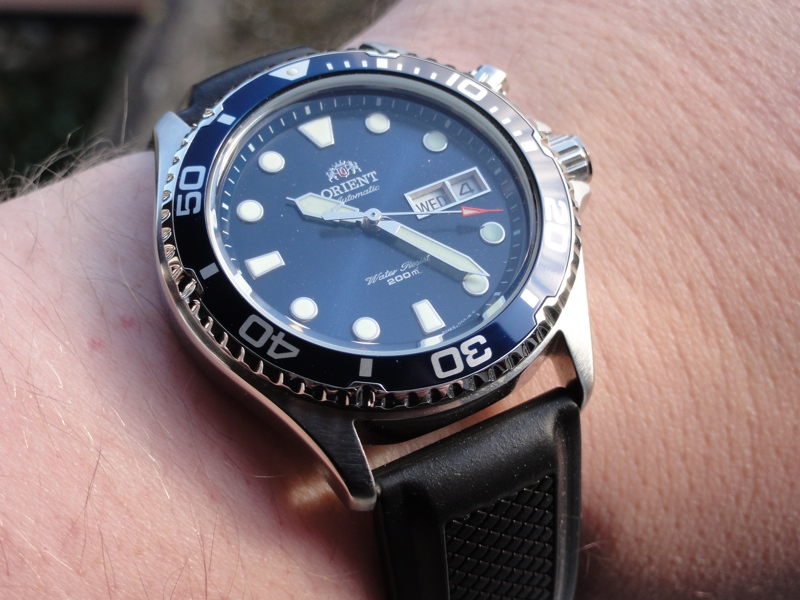 orient-ray-automatic-dive-watch-review-3