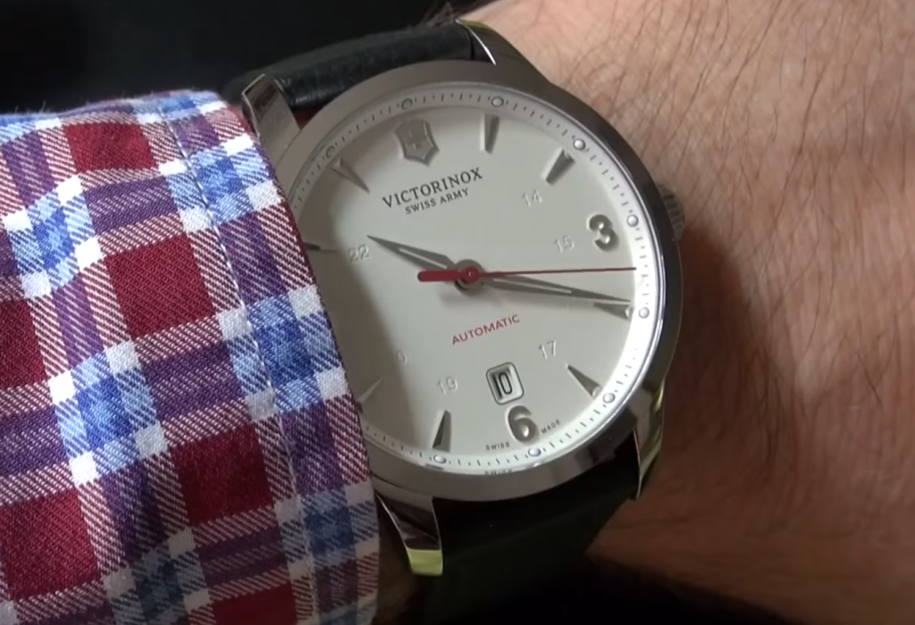 victorinox-swiss-army-alliance-mechanical-review-241666