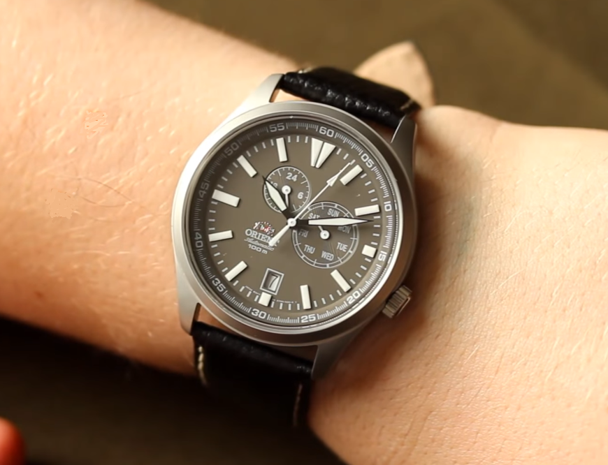 Orient Defender On Wrist