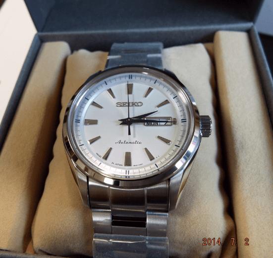 Seiko SARY055 white dial