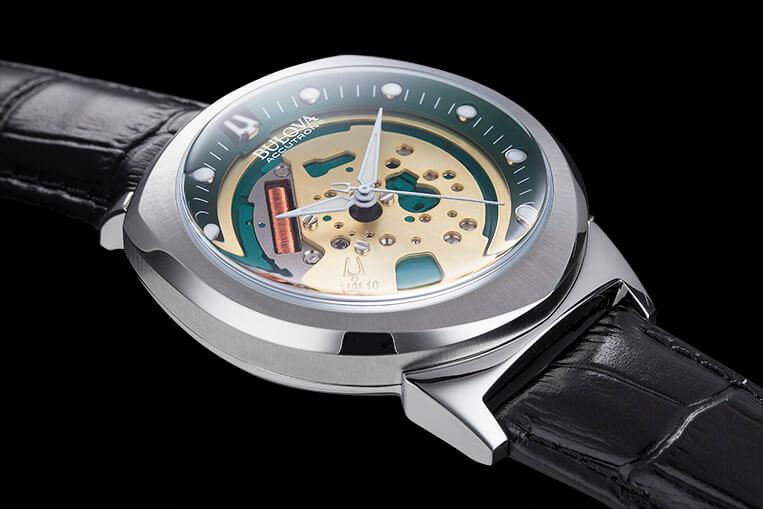 Bulova Accutron II 96A155 sides