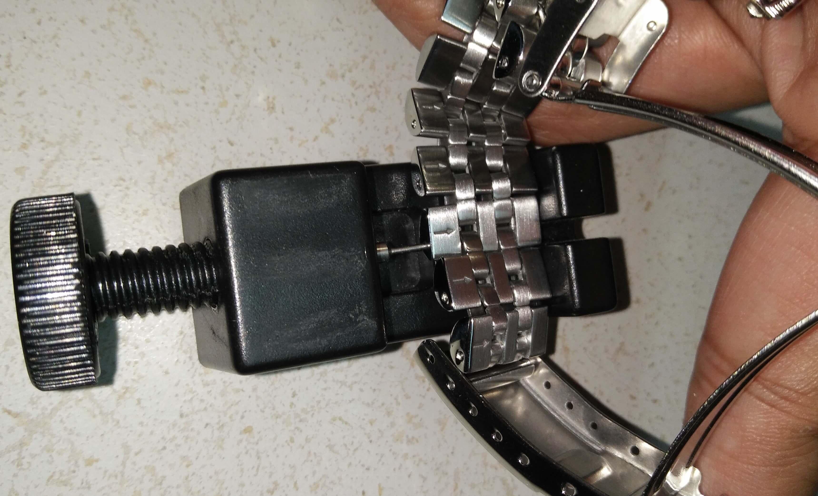 Seiko SKX013 Adjust bracelet