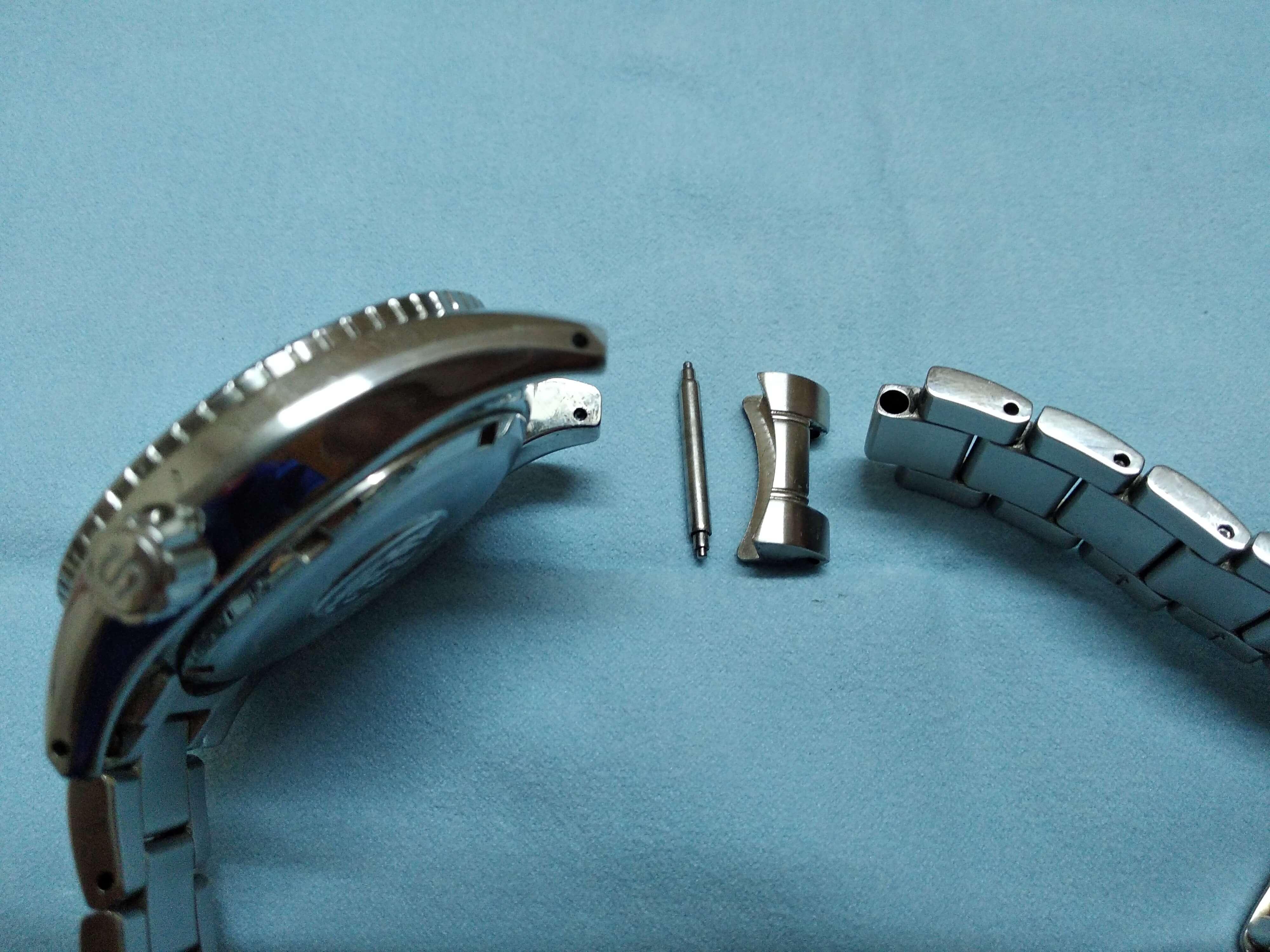 Seiko Sumo Bracelet spring bar